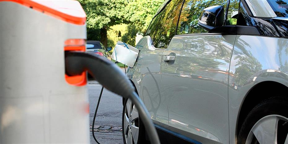 Ηλεκτρικό ένα στα 10 αυτοκίνητα που πωλούνται στην Ευρώπη
